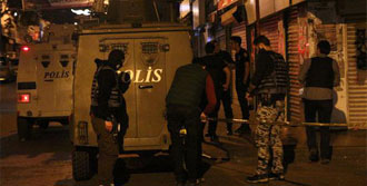 Zırhlı Polis Aracına Ateş Açıldı