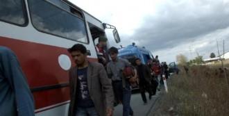 'Burası Ankara' Diyerek Akyazı'da İndirdi