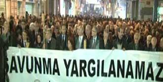 Taksim'de Avukatlardan Eylem