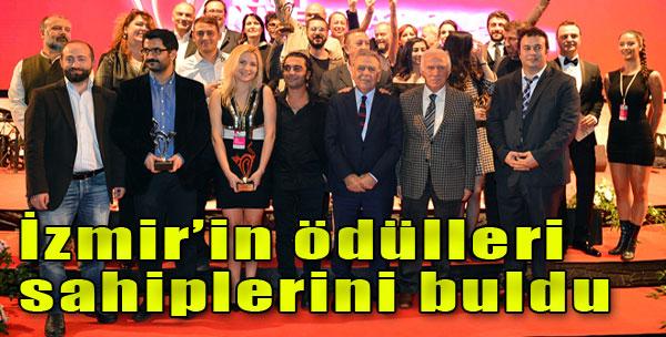 İzmir'de Sanata Ödül Yağdı