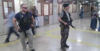 İzmir Adliyesinde Sıkı Güvenlik Önlemi