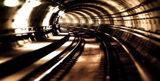 Metro Sonunda Açıldı