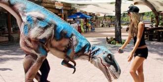 Güzeller Dinopark'ta Eğlendi