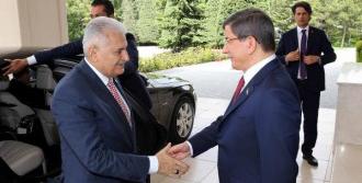 Görevi Ahmet Davutoğlu'ndan Devraldı