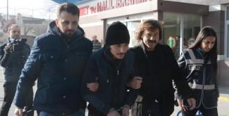 Torbacı Operasyonunda Tutuklama