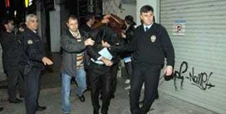 Kumar Baskınında 40 Gözaltı