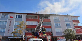 Açık Unutulan Elektrikli Soba Yangın Çıkardı