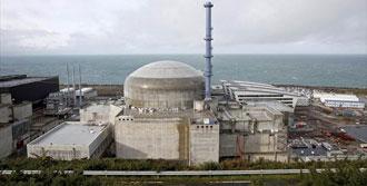O Ülkenin Nükleer Santralinde Patlama