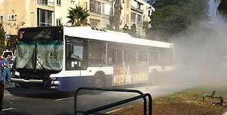 Otobüste Bomba Patladı