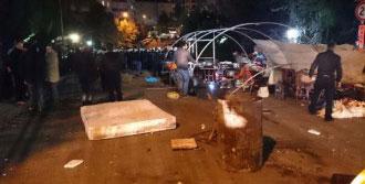 Büyük Çadıra Polis Müdahalesi