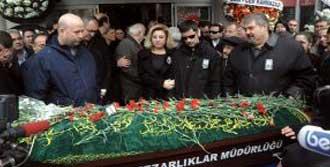 İzmir Basını Yasta