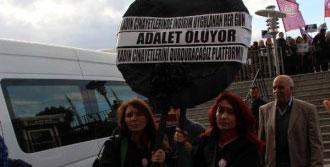 Kadın Cinayetlerinde 'İndirim' Protestosu