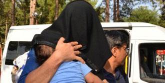 IŞİD'e Katılmak İsterken Yakalandılar