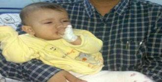 6.5 Aylık Bebek Çengelli İğne Yuttu
