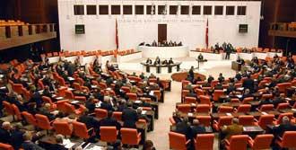 Meclis'te Vatandaşlık Krizi