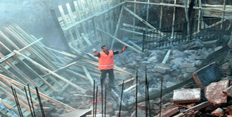 Mersin'de Hortum Dehşeti: 2 Ölü