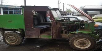 77 Yıllık Arazi Aracını Tamir Edip Trafiğe Çıkardı