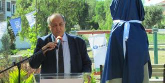 Durmuş Yaşar'ın Büstü Çeşme'de Açıldı