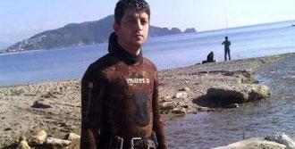 Tekneyle Çarptığı Genç Ölünce, İntihar Etti