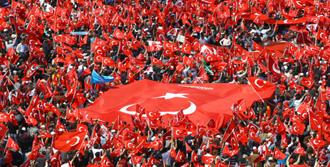 İzmir Kırmızı Beyaz Olmaya Hazır