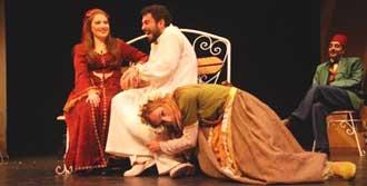 'Meraki' Tiyatroseverlerle Buluşacak