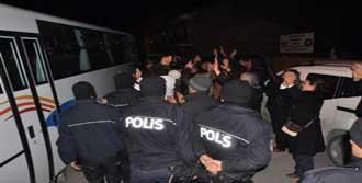 Eskişehir'de 5 Tutuklama