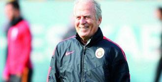 'Galatasaray'ın Genlerinde Pes Etmek Yok'