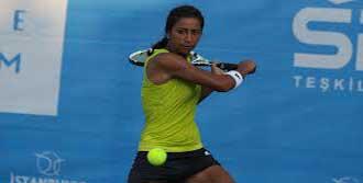 Milli Tenisçi Fransa'da Sahaya İniyor