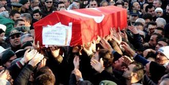 Şehit Cenazesinde Gözyaşları Sel Oldu