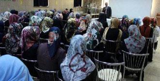 'İslam Kardeşliğinin Gereklerini Yerine Getirmeliyiz'