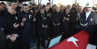 Kamer Genç'e İstanbul'da Cenaze Töreni