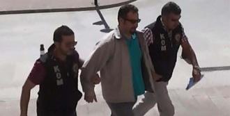 Fetö'den Gözaltına Alınan Savcı Adliyede