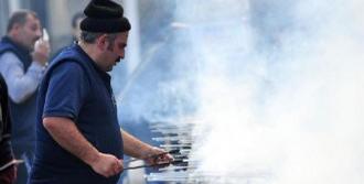 Karşıyaka'da Hamsi Şöleni