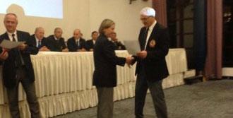 Pınar Güzel, Karatede Tarihe Geçti