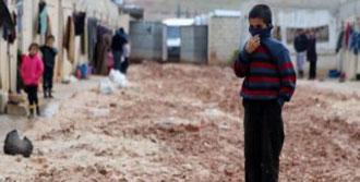 500 Bin Suriyeli Soğukla Mücadele Ediyor