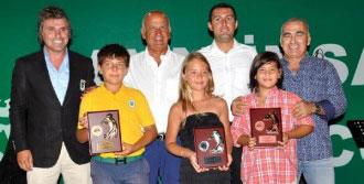Golf Tutkunları Ödül Töreninde Bora Gencer İle Coştu