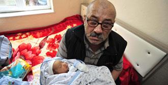 En Minik Mağdur Durmuş Bebek