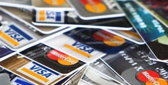 Bankacılardan 'Kart Aidatı' Açıklaması