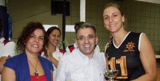 İzmir Rota Kolejı'nden Dostluk Mesajı