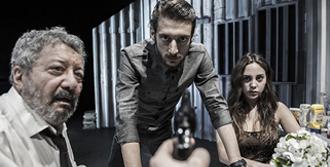 'Katil Joe' Sahnelerde