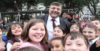 Sındır'dan Okullara Büyük Destek