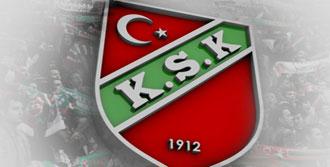 Karşıyaka'da İmza Şov