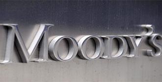 Moody's İzmir'in Notunu Arttırdı