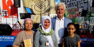 Germiyan'da Ekmekler Yarıştı