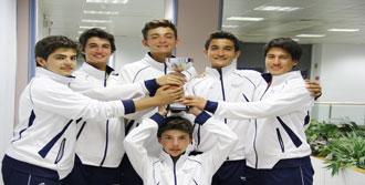 Tenis'te Türkiye Şampiyonu Oldular