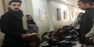 Ege Üniversitesi'nden Kitaplı Eylem