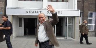 'Adalet Bakanını Cezaevine Kapatmalı'