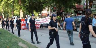 Sivas Katliamında Ölenler İzmit'te Anıldı