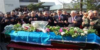 Kaybolan Dağcı, Defnedildi