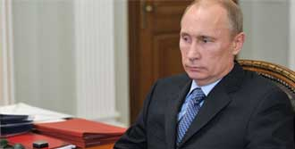 Putin'den Başörtüsüne Çözüm